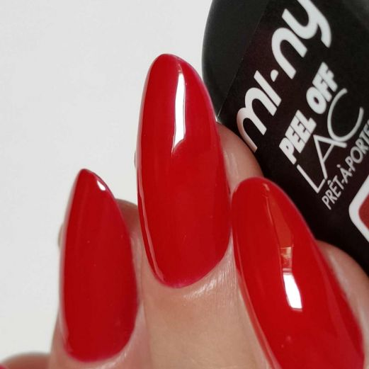 Peel Off Lac Lipstick Red swatch